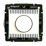Диммер (Светорегулятор), поворотный 1000 Вт Legrand Valena (белый)
