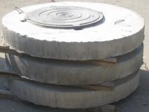 Крышка бетонная круглая с чугунным люком 116 см